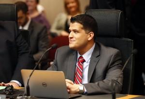 Jose R. Madrigal, City Manager para Mckinney, Texas. vía Dallas News