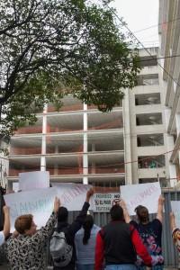 Vecinos de la Miguel Hidalgo llegaron a clausurar la obra de Tiburcio Montiel #18