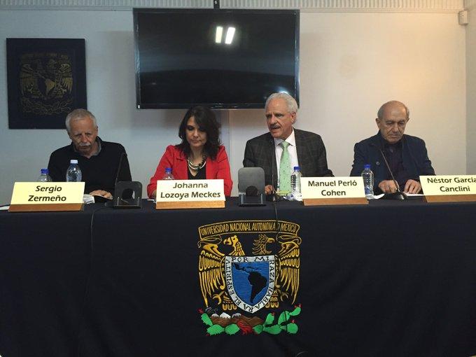La mesa que presentó el libro en la Casa de las Humanidades, UNAM.