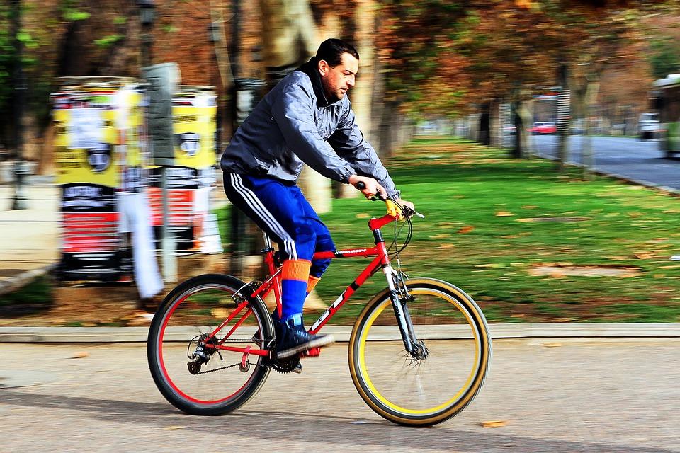 Crece la cultura ciclista en la capital chilena