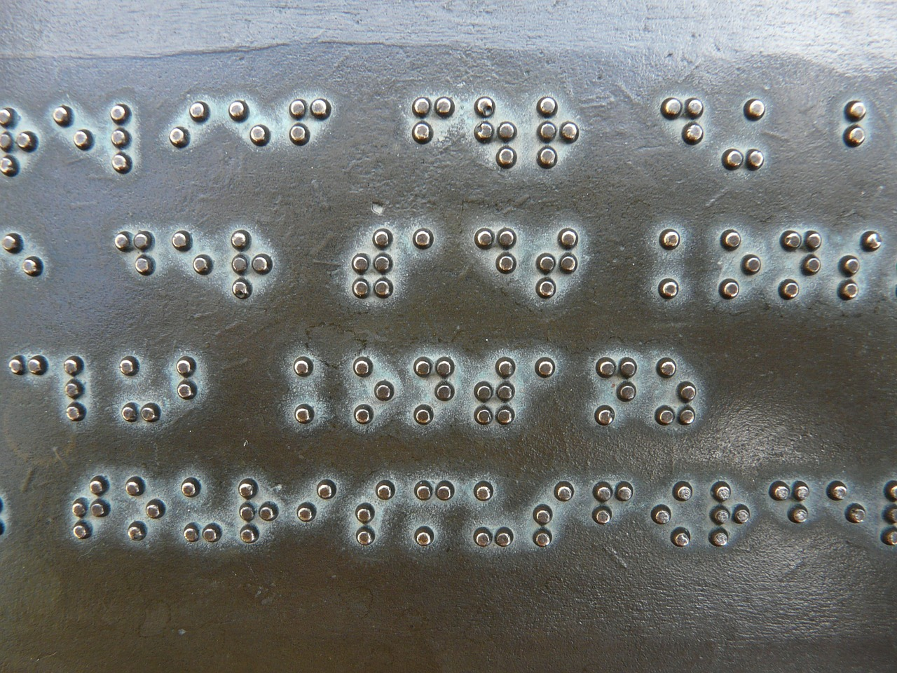 Promueven instalación de sistema braille en Constitución, Chile para integración social