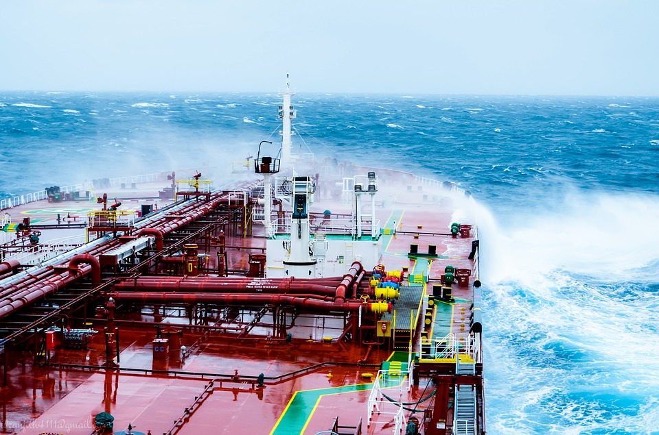 Generarán energía eléctrica con olas del mar