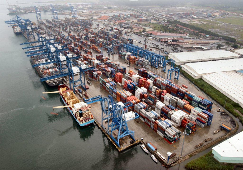 Construyen la obra portuaria más importante los últimos 100 años