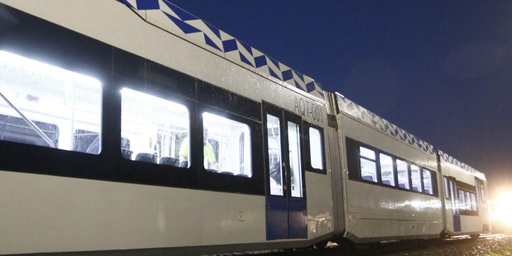 PUEBLA, Pue. 24 octubre 2016.- Vista de los bagones del Tren Turístico Puebla-Cholula el cual inició esta tarde sus pruebas de recorrido en la zona norte de Puebla. //Francisco Guasco/Agencia Enfoque//