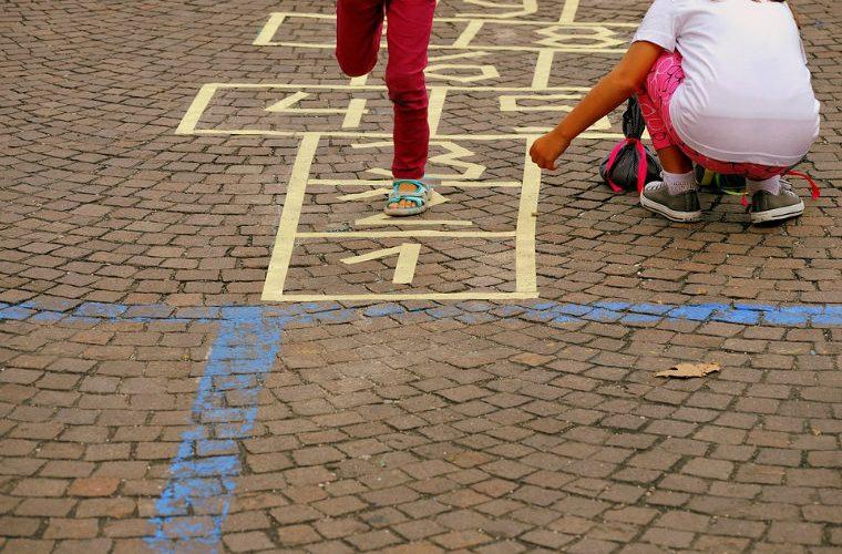 Entorno infantil urbano