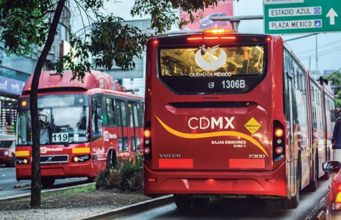 metrobus en la cdmx