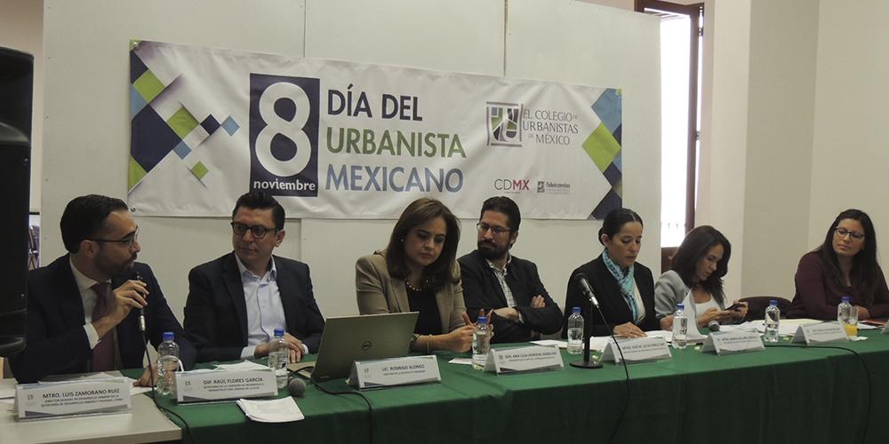 Colegio de Urbanistas abre diálogo sobre Urbanismo en la celebración de su día