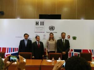 Jaime Sobrino, Abraham Zamora, Stéphanie Balmir y Enrique González Tiburcio en ONU-Hábitat de Toluca.