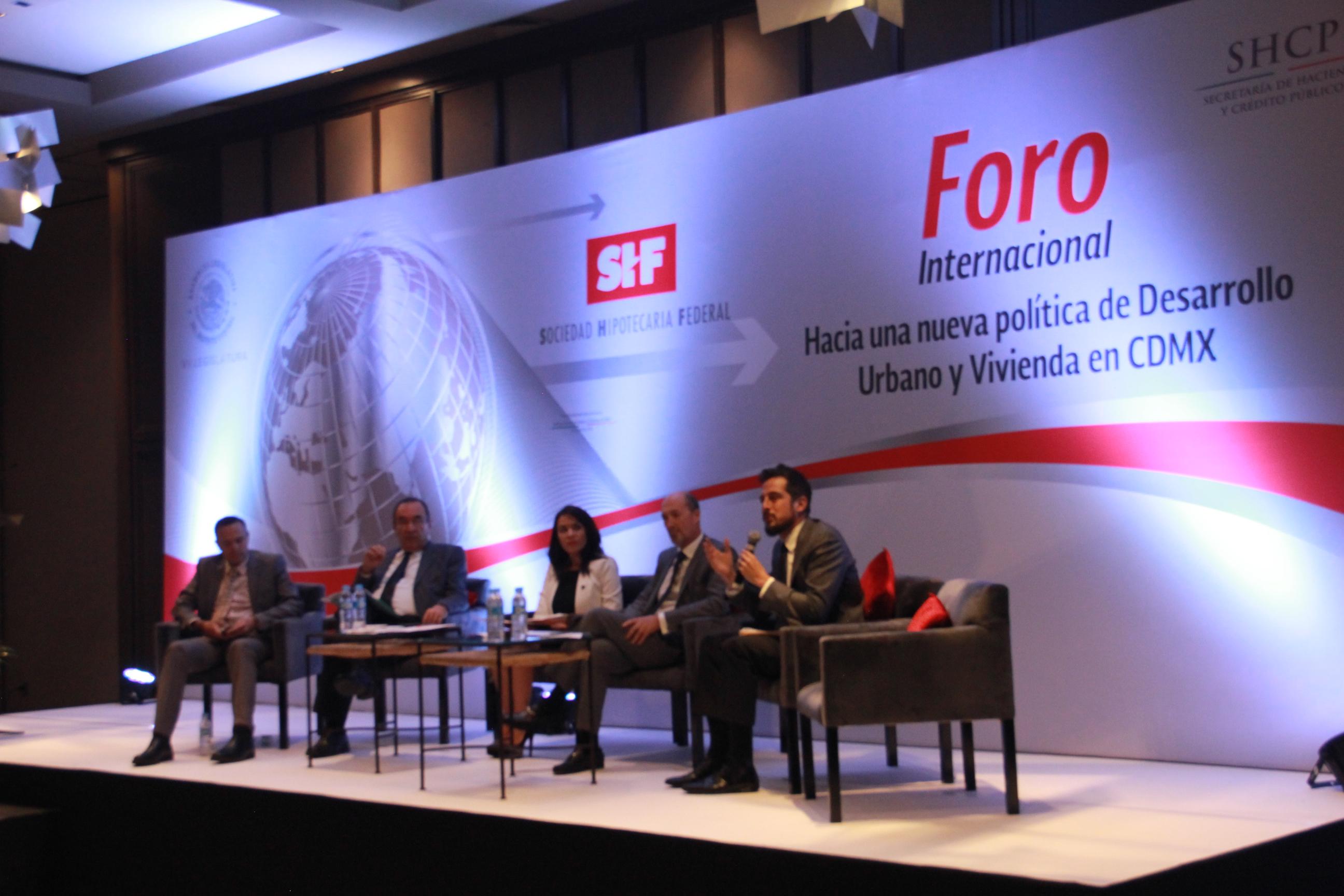 Discuten nuevas políticas de desarrollo urbano y vivienda