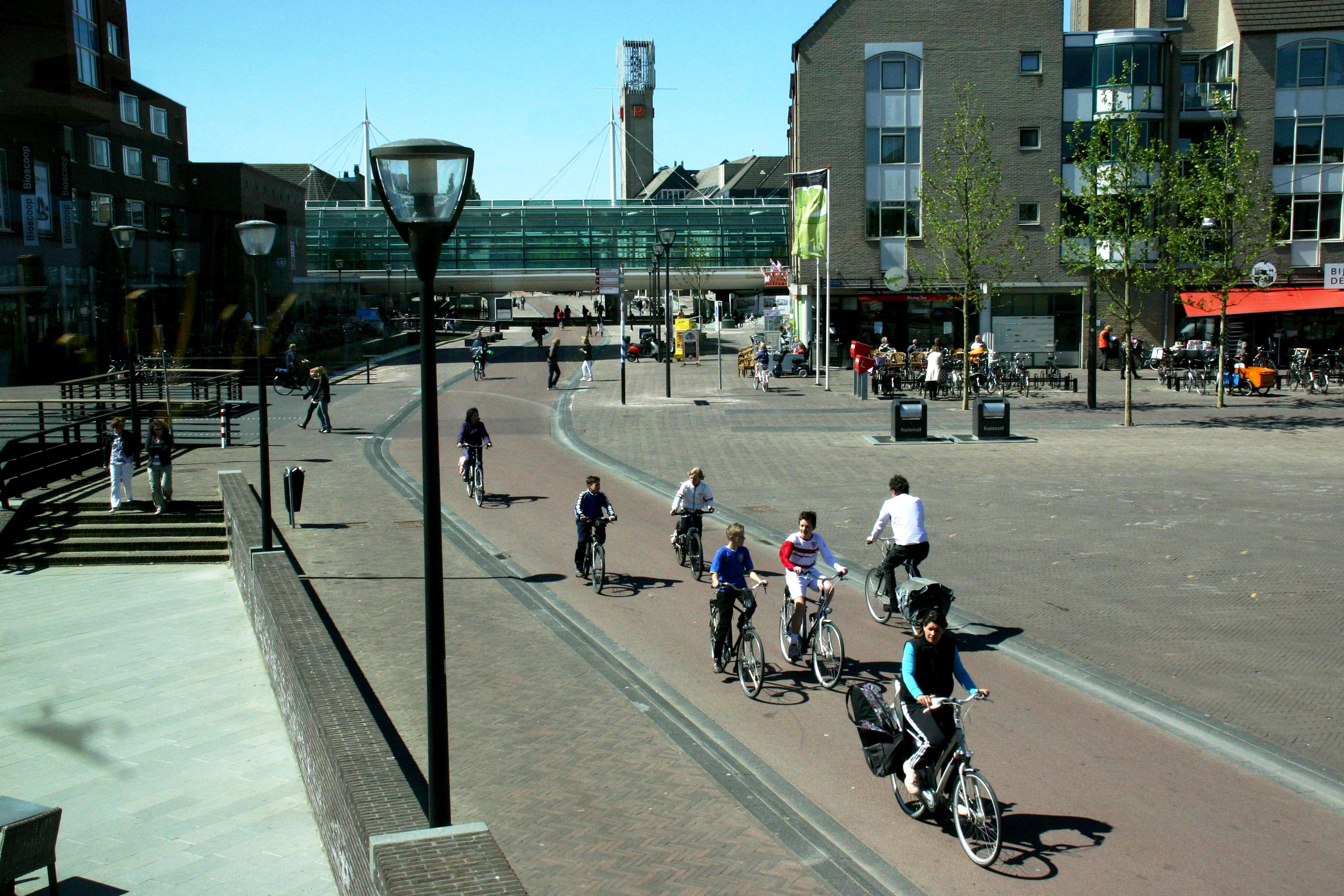 Houten: El pueblo de la vereda y las ciclovías
