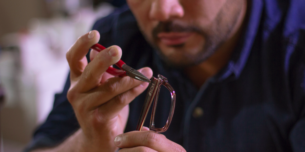 Crean armazón de lentes con  99% de PET reciclado