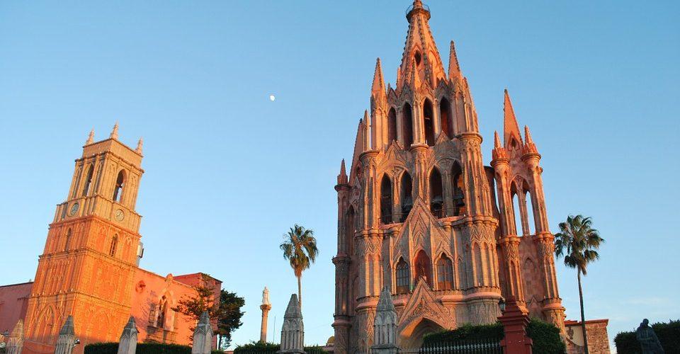 Analizan crecimiento y sustentabilidad en Ciudades Patrimonio Mundial