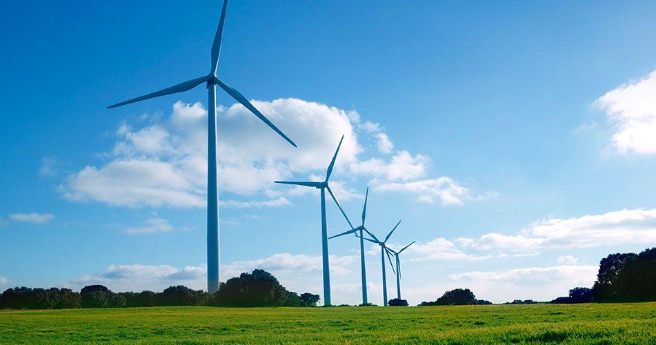 Registran otro año récord para energía renovable