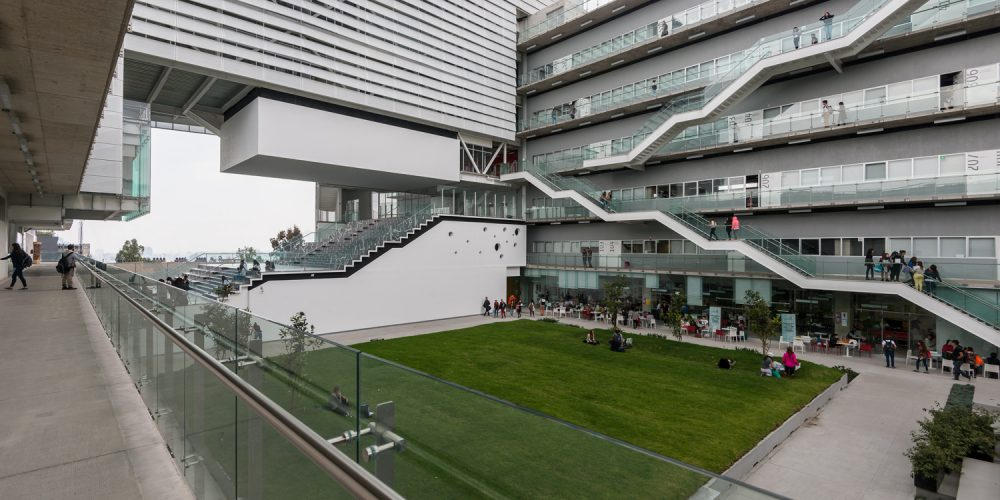Planeando las ciudades a través de la educación y la calidad: Universidad CENTRO