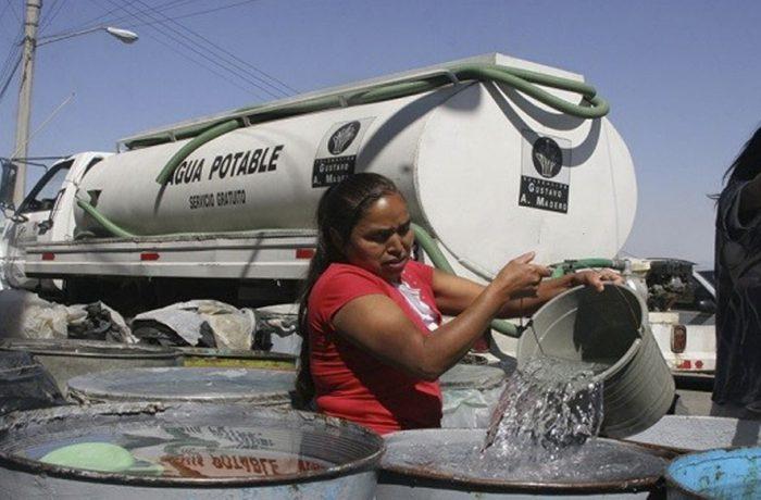 ¿Sabías que diariamente por habitante en la Ciudad de México se consumen 320 litros de agua?