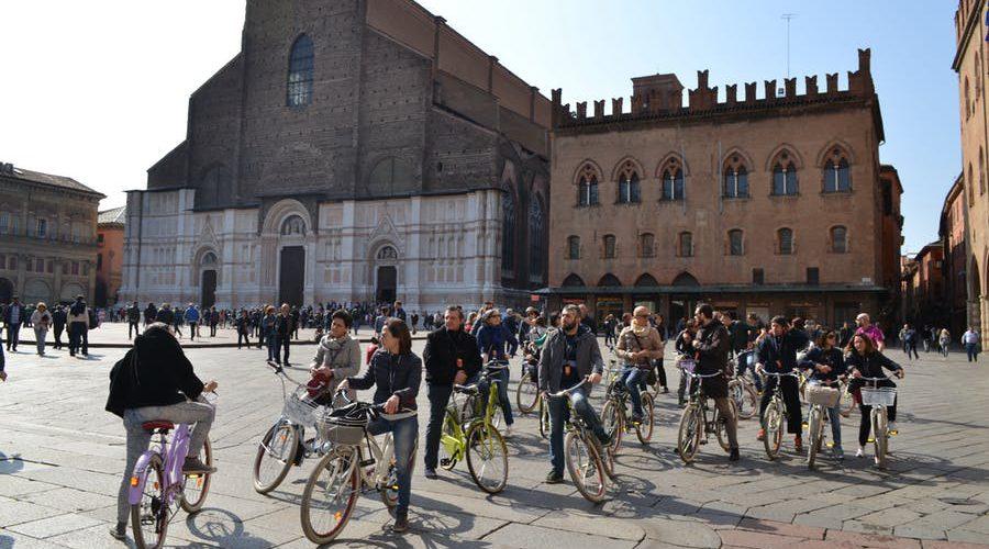 ¿Te imaginas una ciudad que te da cerveza y helado gratis si viajas en bicicleta o transporte público?